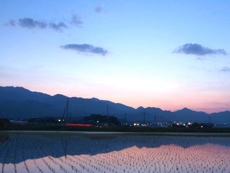 西条市 夕暮れの風景