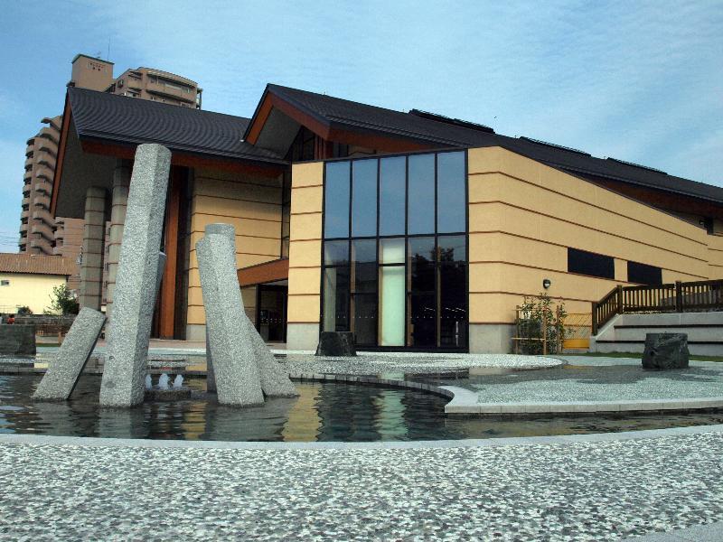 西条市 西条市立図書館