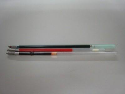 真っ赤なボールペン