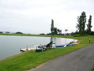 ホテル(湖畔)