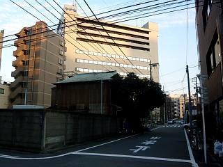 い奈本(全景)