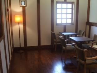 カフェ 2階