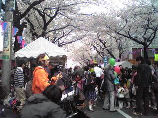 東口桜まつり