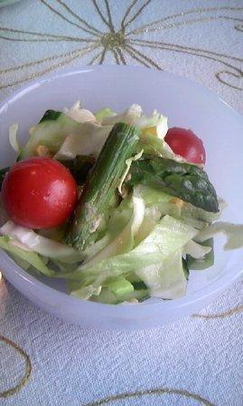 美奈子さんの手作りサラダ