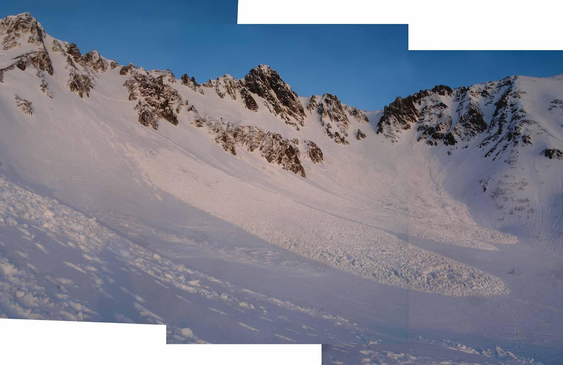 千畳敷の雪崩群(3連)