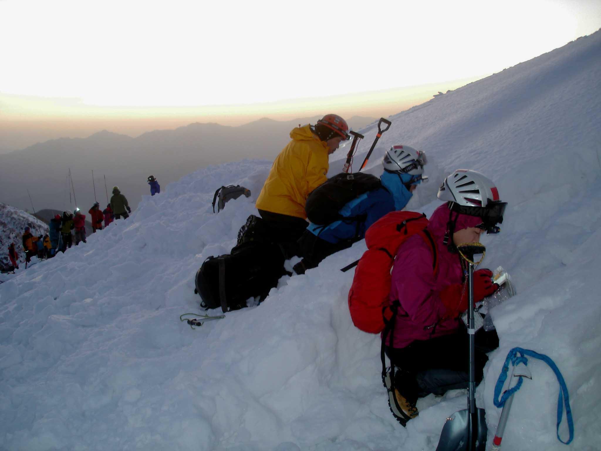 日の出前の積雪観察 DSC05824