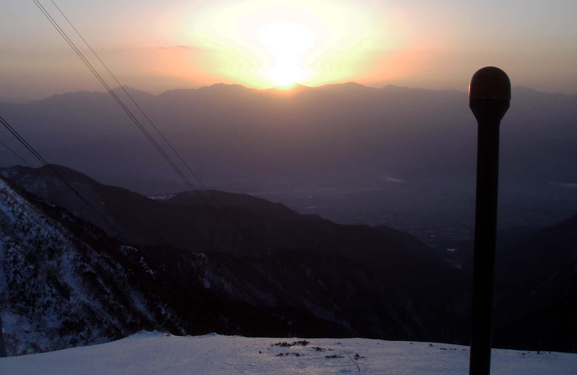 南アルプスから昇る朝陽 DSC05845