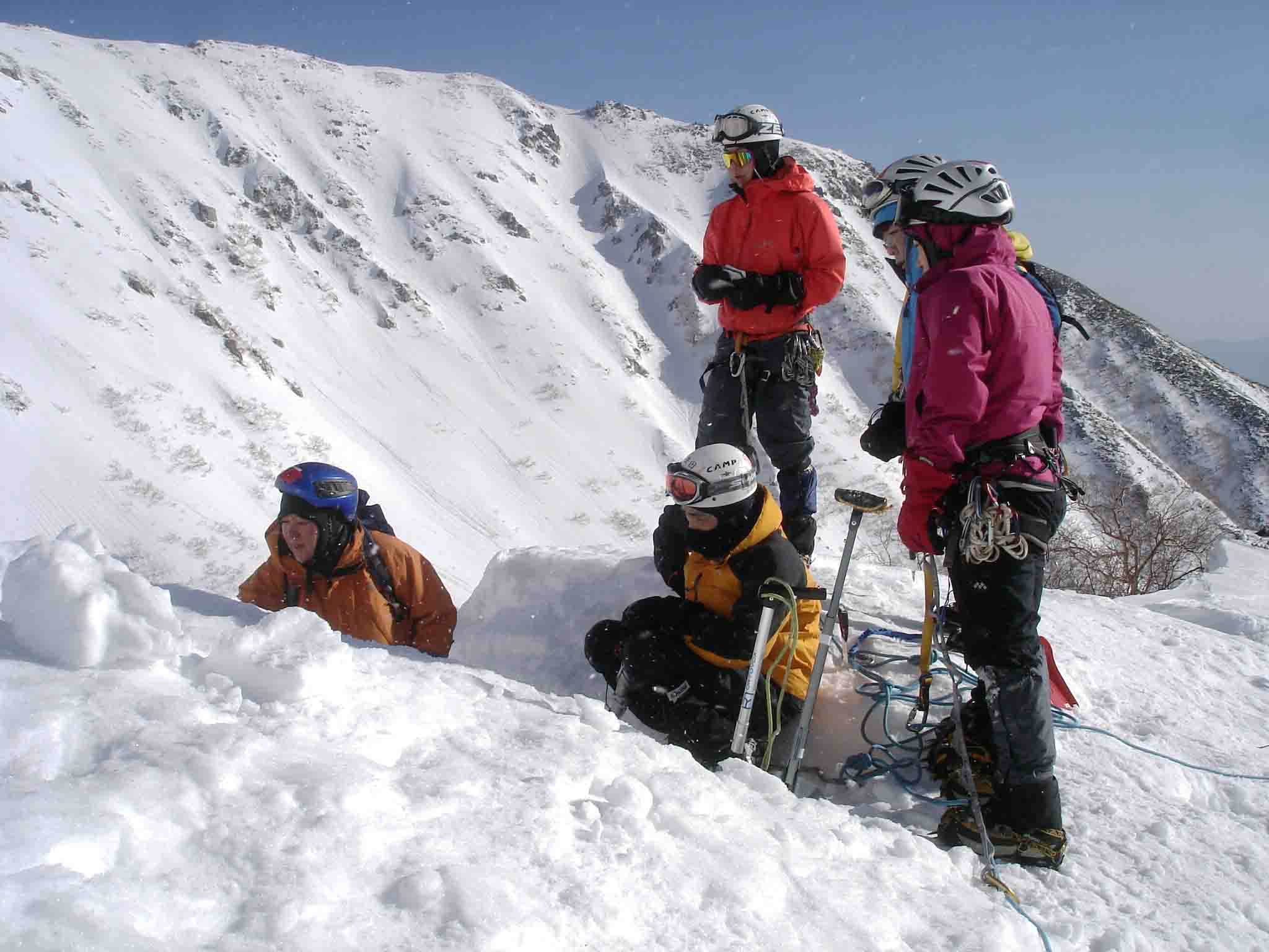 雪庇断面観察 DSC05945