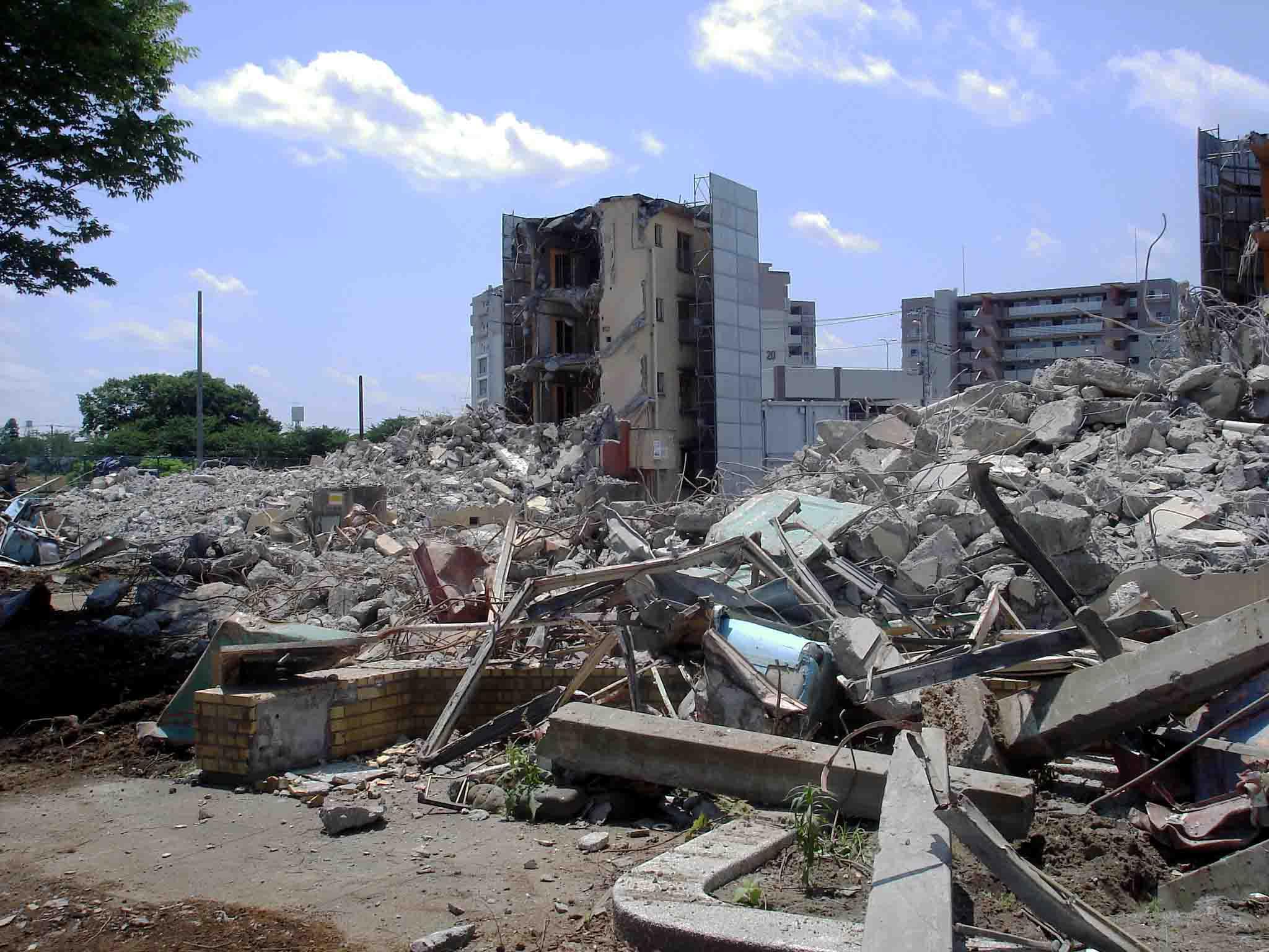 瓦礫の様子 DSC02631