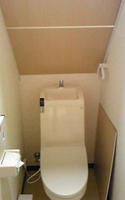 トイレ512