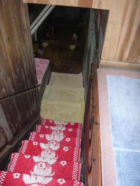 千原風呂への階段