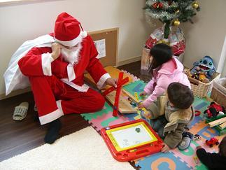 サンタさんと遊ぶ