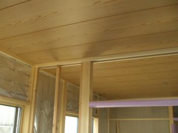 1階和室天井貼り