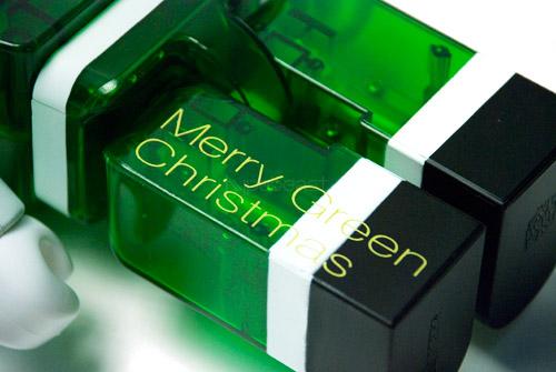 isetan-medicom-toys-bearbrick-christmas-pack-03.jpg