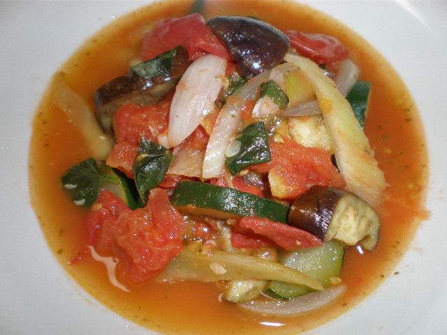 夏野菜のバジルペースト・サラダ