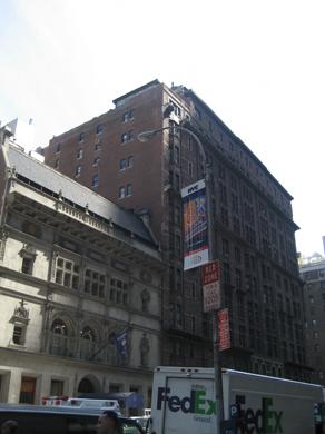 NY-T01.jpg