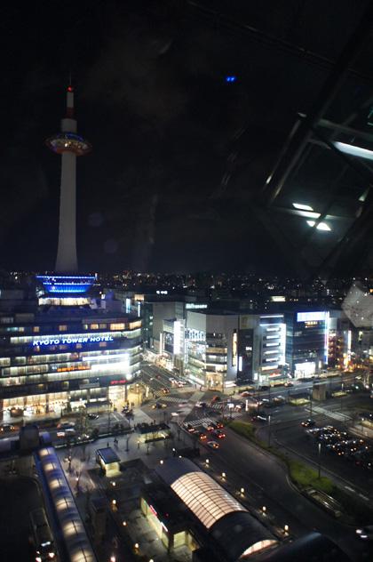 京都タワー夜