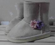 ブーツの花飾り