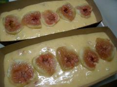 イチジクのパウンドケーキ(^~^)