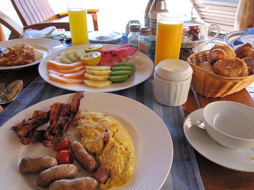 朝食 全景