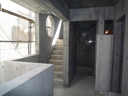 2階外部廊下・階段