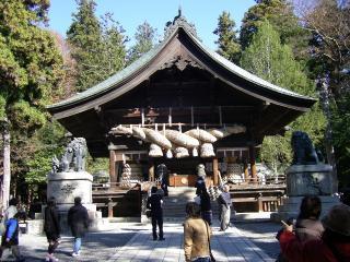 秋宮神楽殿