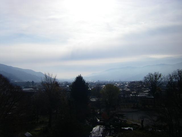 霧のむこうに富士山があるはず