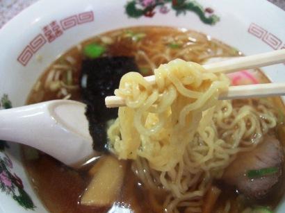 細いちぢれ麺
