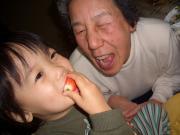 大好きな苺とひいばあちゃん