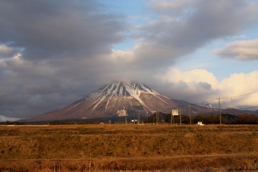 夕日を受ける大山'09.03.01