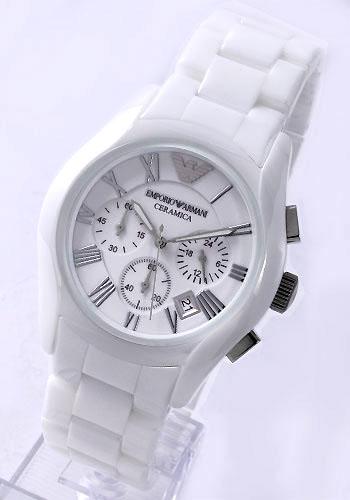 エンポリオアルマーニ腕時計セラミック白
