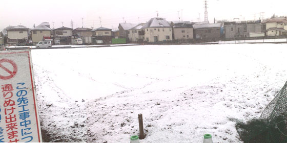 雪-通勤途中野っ原