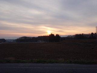 縦長の朝日