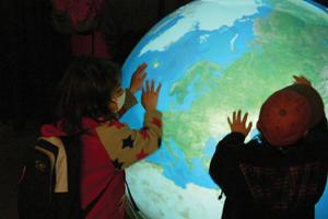 触れる地球