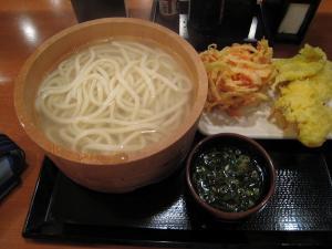 丸亀製麺の釜揚げ讃岐うどん、