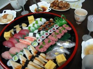 桶のお寿司