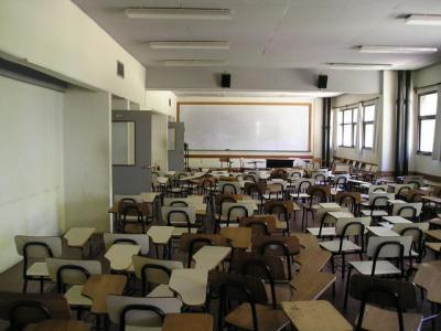英語一列留年生の教室の様子(嘘)