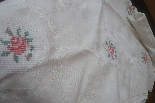 ローズ刺繍カバー