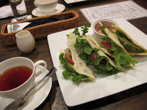 210407_cafe2.jpg