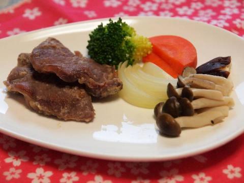 2012 03 15 猪ロースの塩麹漬け焼き.jpg