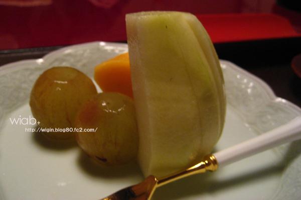 水菓子☆ ブドウと柿、洋ナシ。 どれもうまい!!