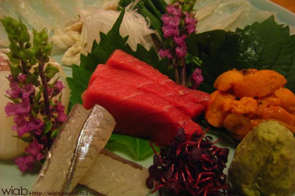 刺身盛り合わせ!! 美味いよ! 大間の鮪、ウニ、サヨリ、ふぐ、などなど