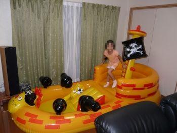 海賊船型プール