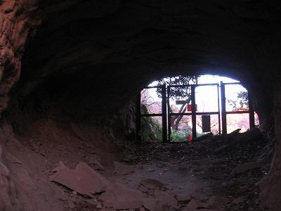 中世のトンネル