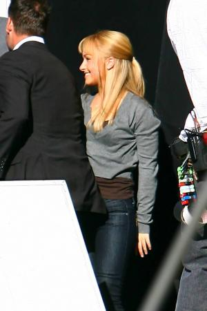 Hayden Panettiere - Thong Candids on the Set of Heroes xnews04