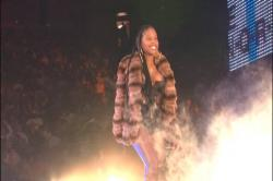 Foxy Brown - Nip-Slip On Stage s4