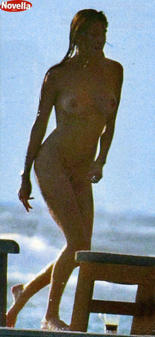 Belen Rodriguez - Nude Maldives candids 4