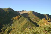 藪沢カールを抱いた仙丈ヶ岳