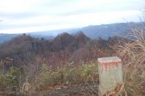 三角点からの鍋足山