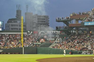 野球430-煙